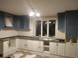 Кухонный гарнитур из массива 21