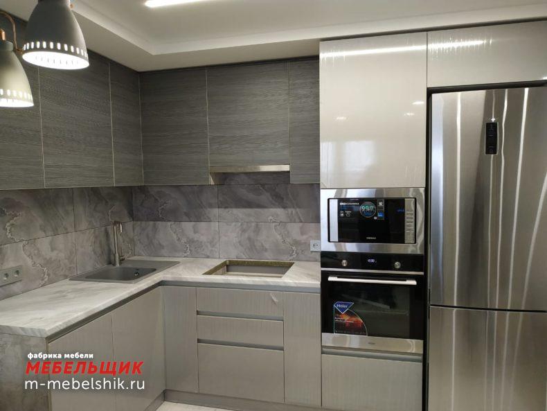 Кухонный гарнитур из пластика 17