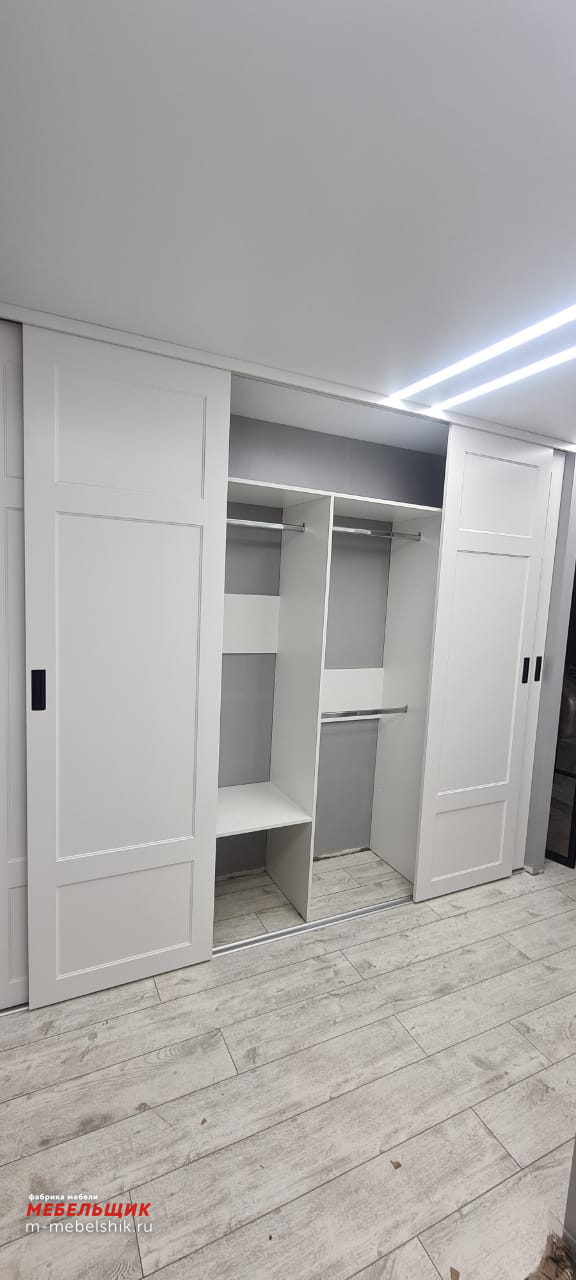 Встроенный шкаф-купе 12