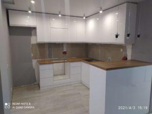 Кухонный гарнитур из эмали 18